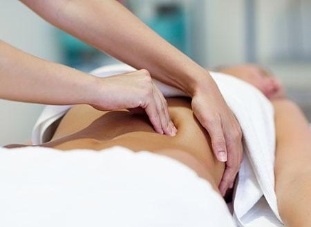Masaje linfático manual para linfedema